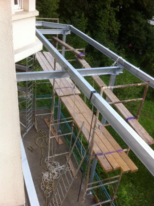 terrasse tanche sur structure en acier. Black Bedroom Furniture Sets. Home Design Ideas