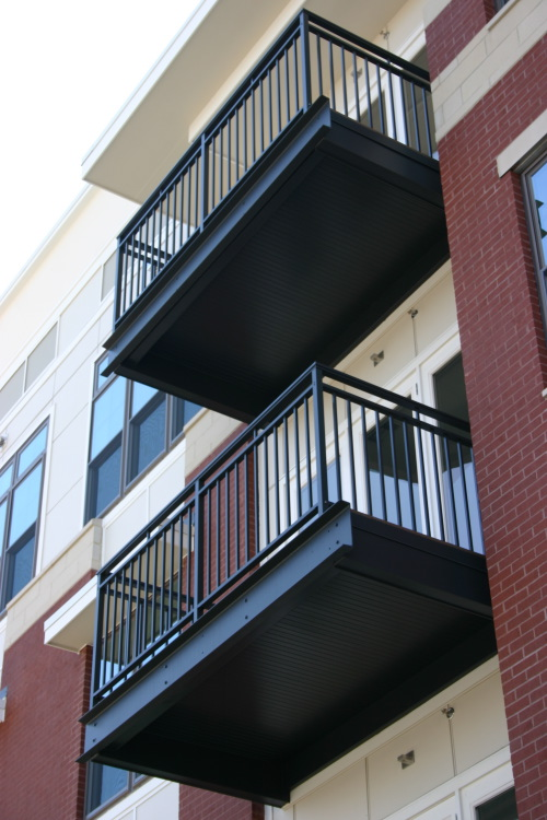 terrasse bois structure acier diverses. Black Bedroom Furniture Sets. Home Design Ideas